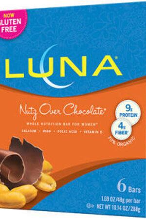 Luna-Nutz-over-chocolate.jpg